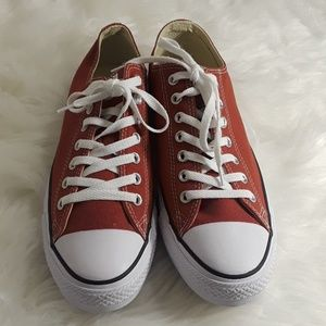 Converse all stars low to ox Men's 10 Red New